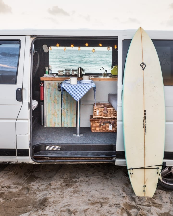 Baxter the Quirky Camper ready for a surf adventure in cornwall