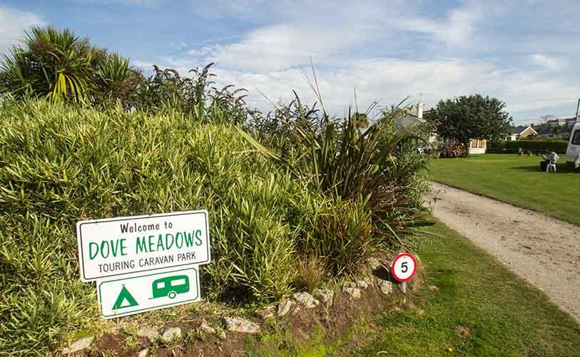 dove meadows caravan park in cornwall